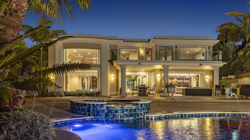 Avenida Chamnez Residence in La Jolla for Sale at Price $7 Million