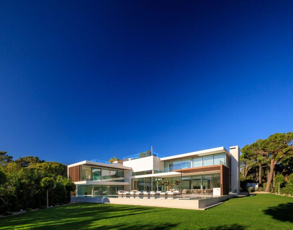 Casa MG in Algarve, Portugal  by Vasco Vieira Arquitectos