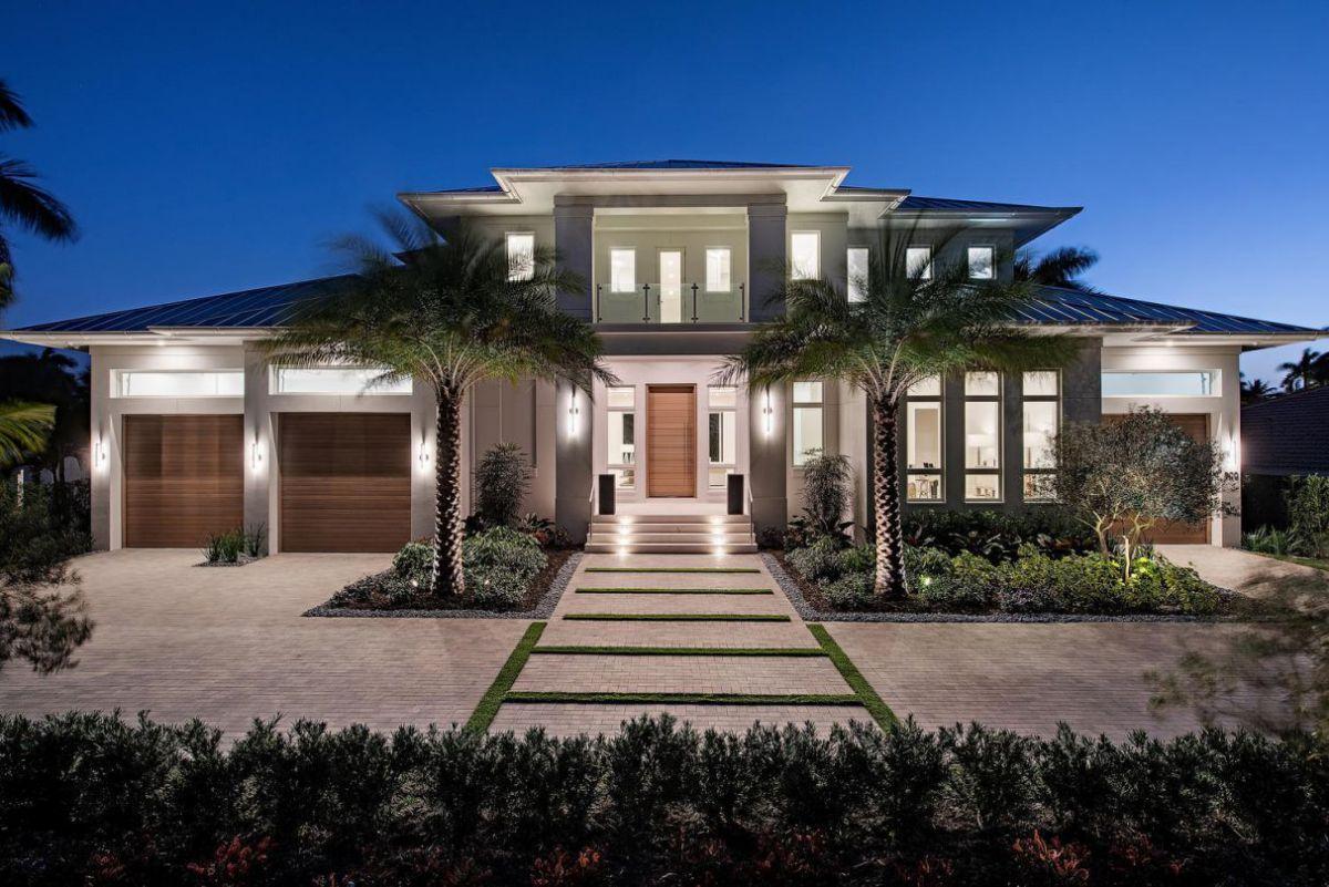 Coastal Contemporary Home in Naples, Florida by Falcon Design