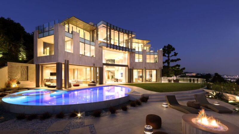 Collingwood Masterpiece in Los Angeles by Landry Design Group