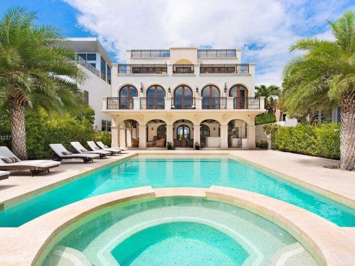 Contemporary Mediterranean Oceanfront Villa in Miami Beach