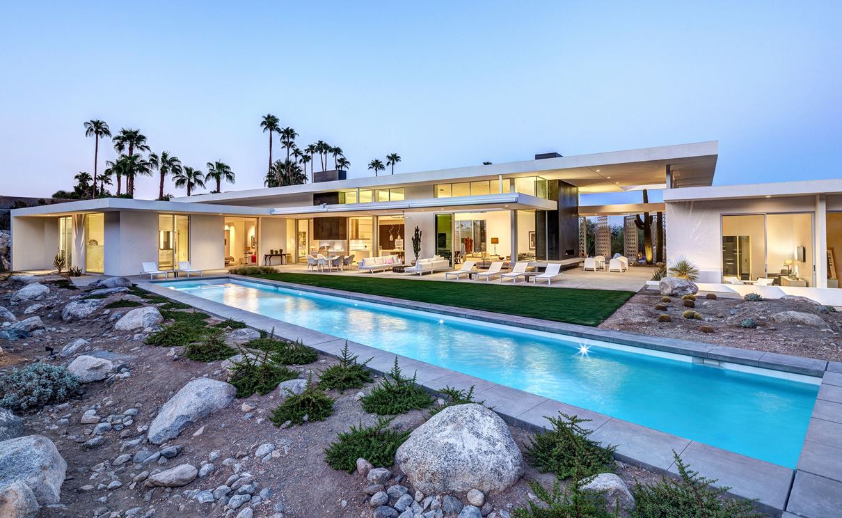 Great White Residence in Palm Springs, California by Cioffi Architect