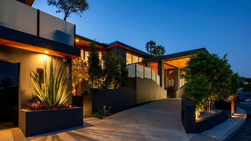 $8.5 Million Incredible Ocean View Modern Compound in Pacific Palisades