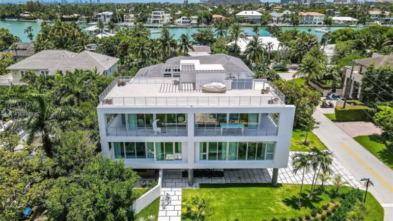 Mashta Drive Modern Home in Key Biscayne for Sale at $6.5 Million