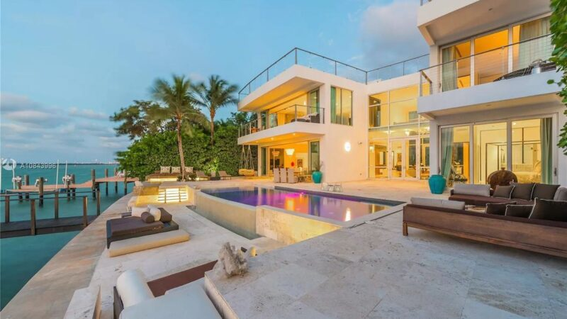 Miami Beach's San Marino Contemporary Gem for Rental at $95,000