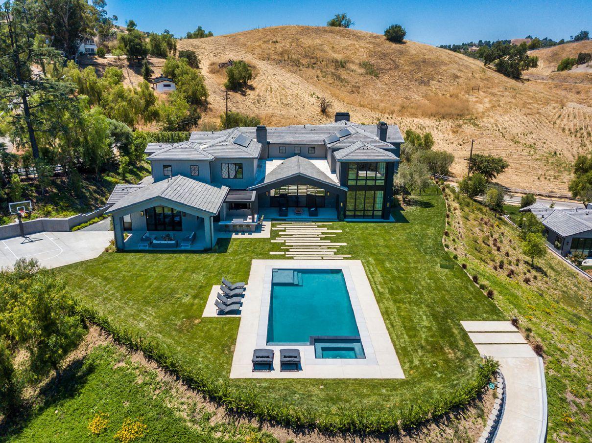 Spectacular New Custom Estate in Hidden Hills, California
