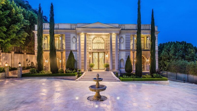 Stone Canyon Classic Mansion in Los Angeles for Sale at $21 Million