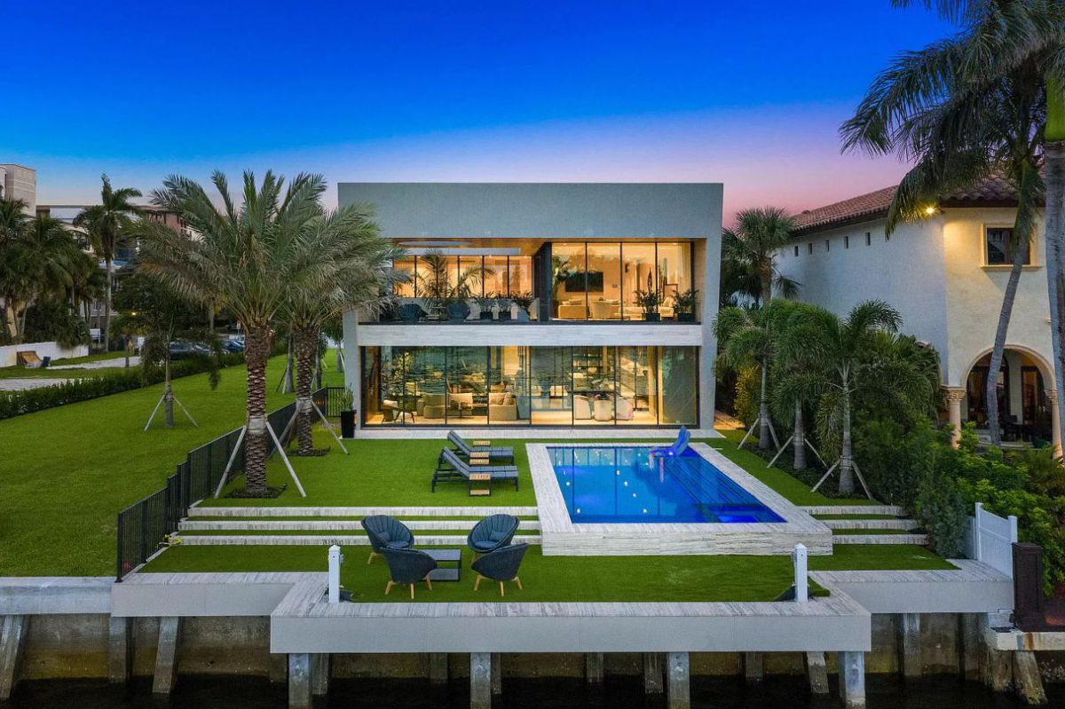 Stunning Modern Waterfront Home in East Boca Raton