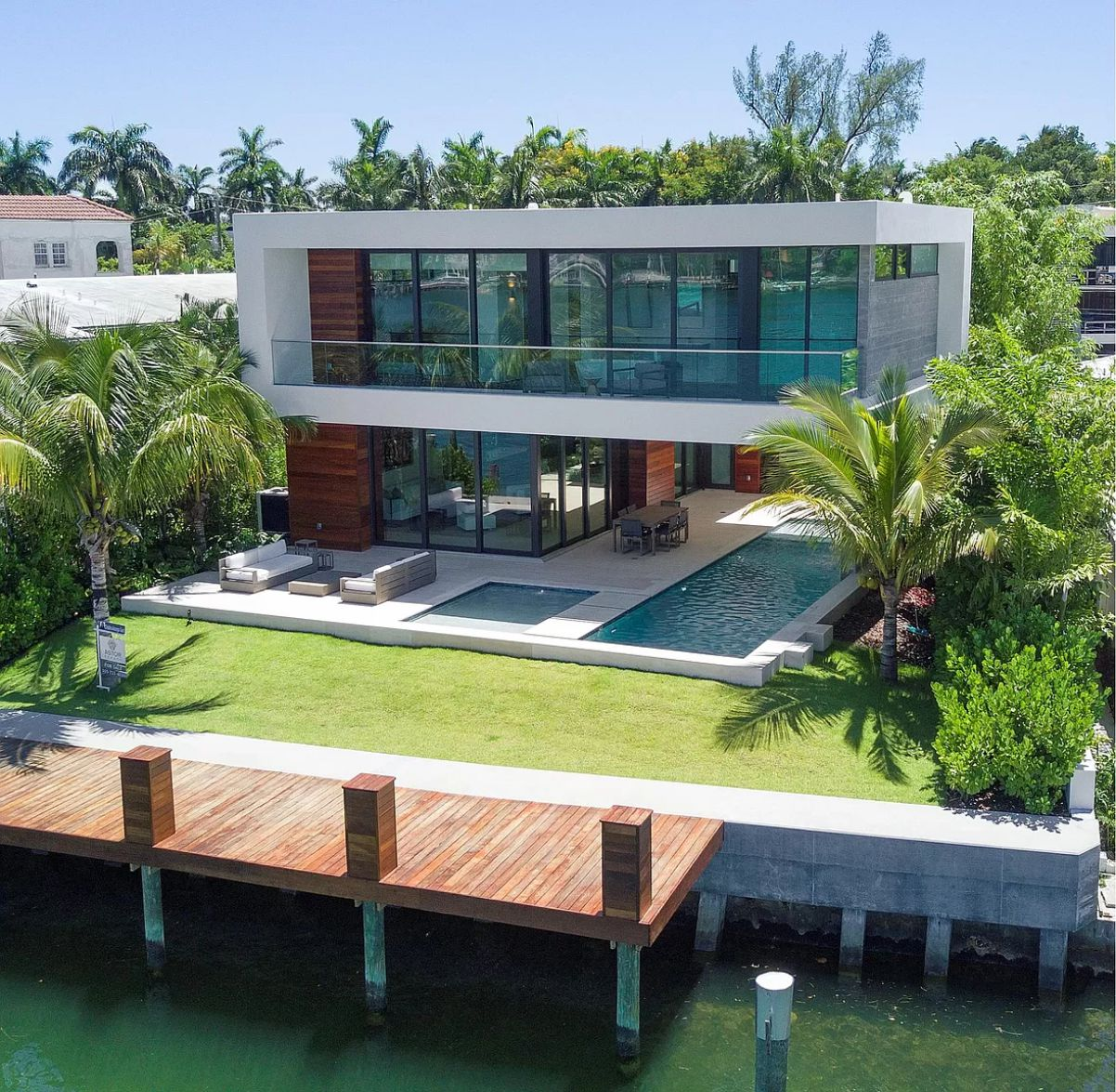 Tropical Modern Waterfront Home in Miami Beach on Market