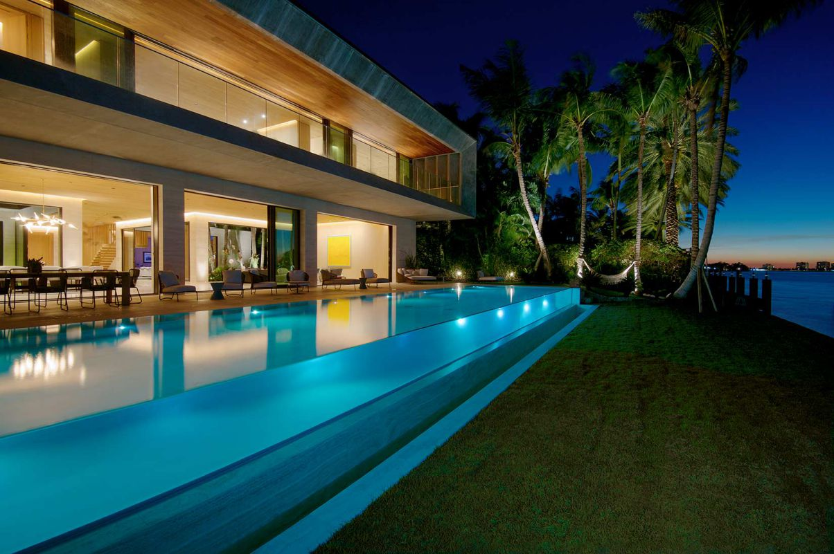 Ultimate Subtropical Modern Home in Bal Harbour