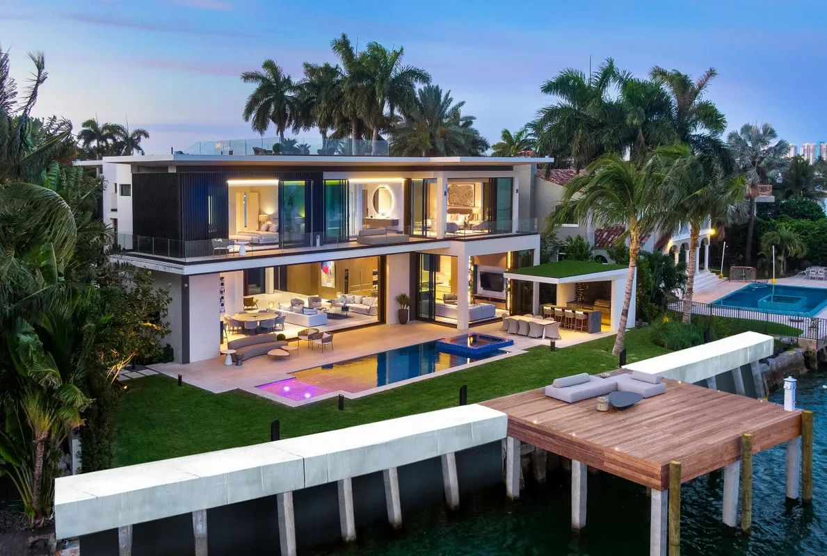 Ultra-luxury Home in Miami Beach has just completed