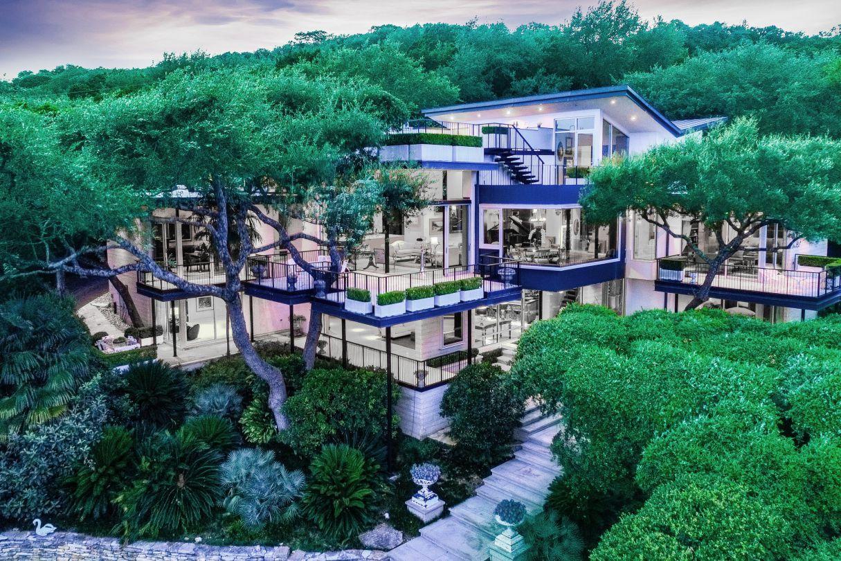 West Lake Hills Masterpiece in Texas returns Market for $10 Million