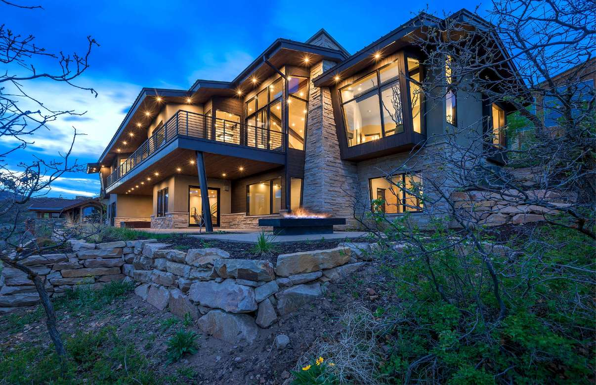 Wild Rose Contemporary Home in Park City by Upwall Design Architects