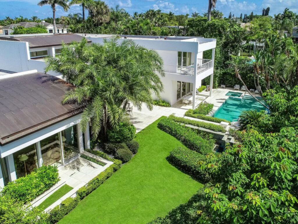 Palm Beach House with Sweeping Views of The Intracoastal