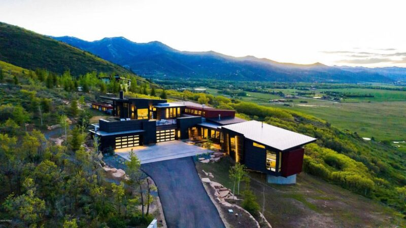 Architectural Utah House for Sale with An Asking Price $11.5 Million