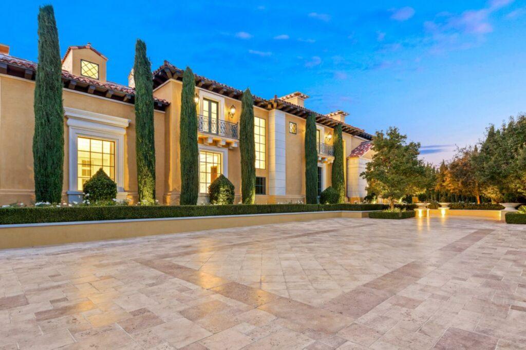 Elegent and Timeless European Villa in Las Vegas