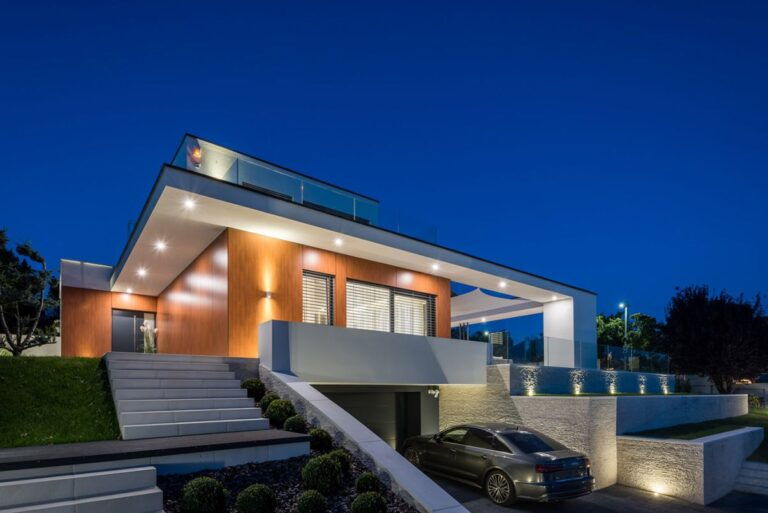 Exceptional Modern Villa SzE in Hungary by Tóth Project