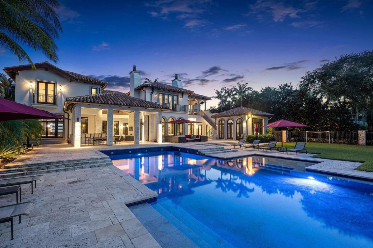 Florida Custom Built Home with Finest Finishings Asks for $4.99 Million