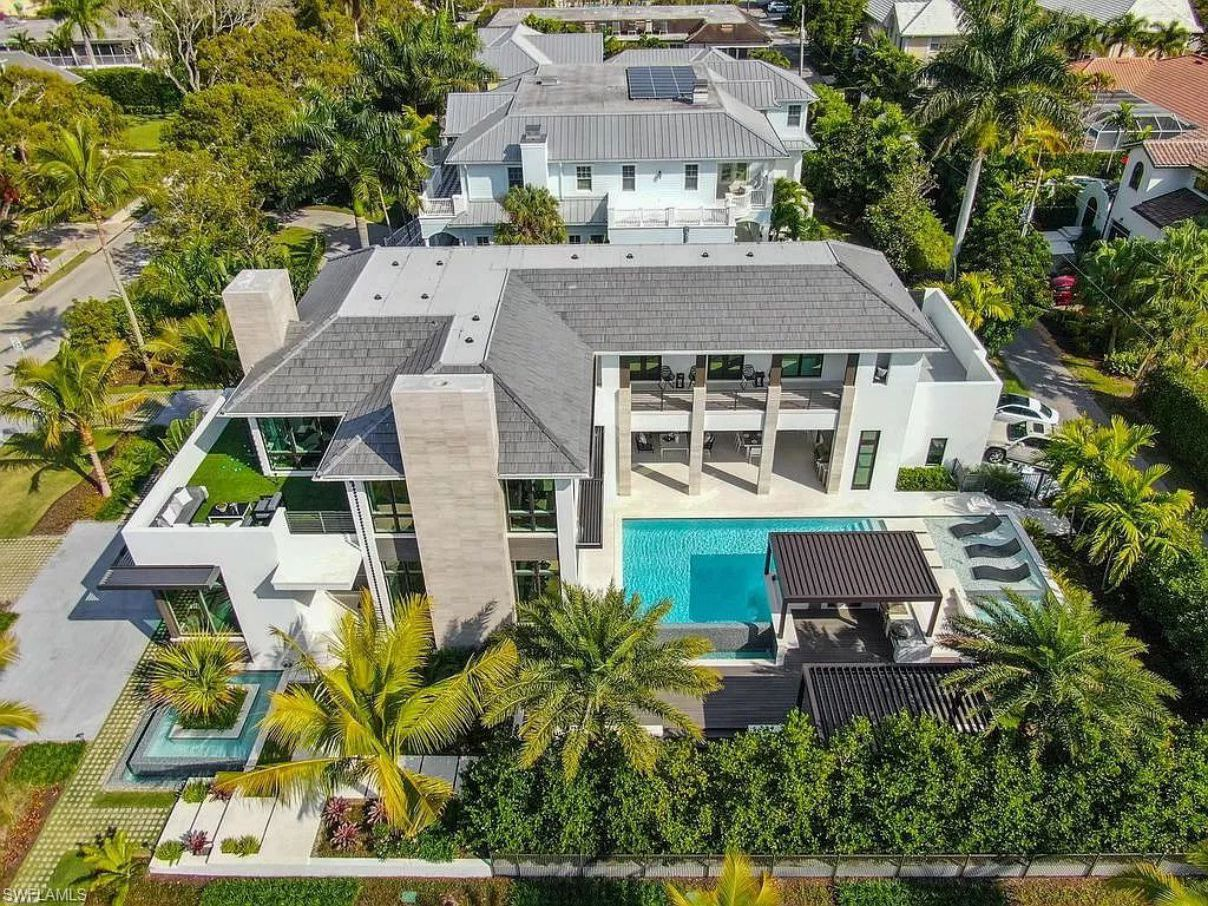 Gulf Shore Grand Masterpiece in Naples, Florida