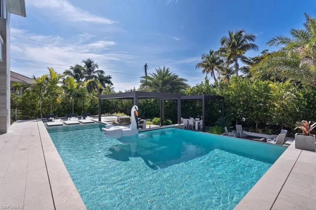Gulf Shore Grand Masterpiece in Naples, Florida