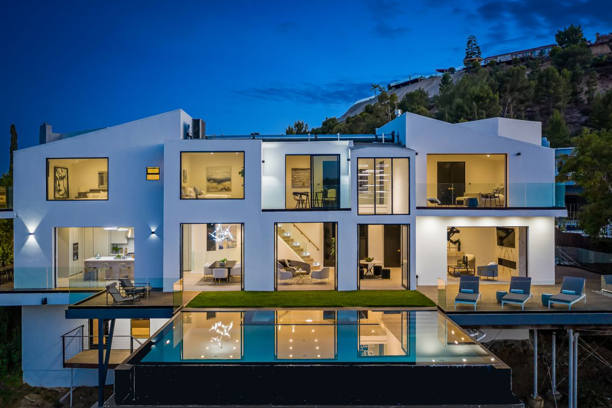 Hollywood Hills House Set Behind Private Gates hit Market