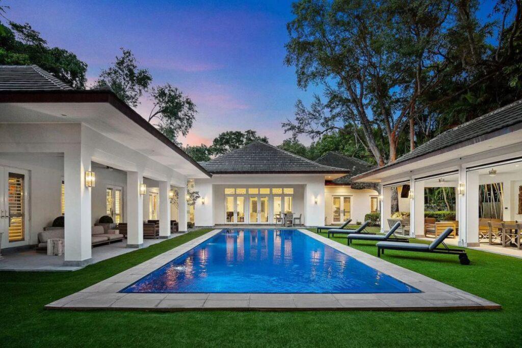 Impeccable New Construction Miami House