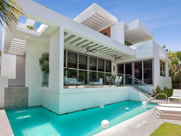 Key Biscayne Brand New Construction Home for Sale at $3.5 Million