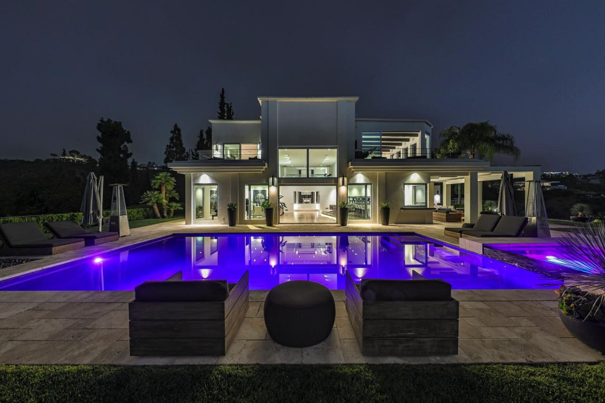 Los Angeles Mansion on Mockingbird Place for Sale at $48 Million