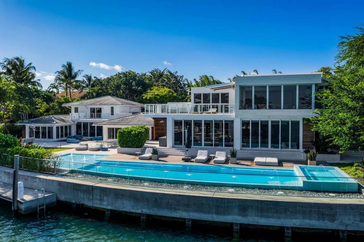 Mashta Waterfront Mansion in Key Biscayne