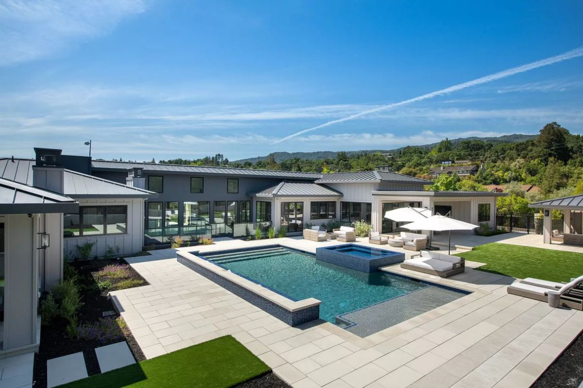 Oneonta Residence in Los Altos Hills for Sale with Price $9.5 million