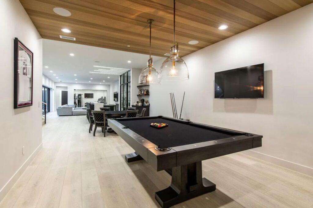Oneonta Residence in Los Altos Hills