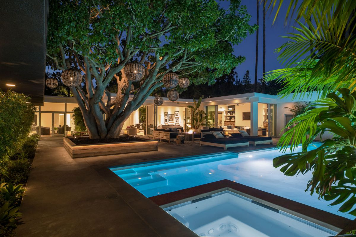 Perfect Beverly Hills Mid Century Modern Home Asks for $16 Million