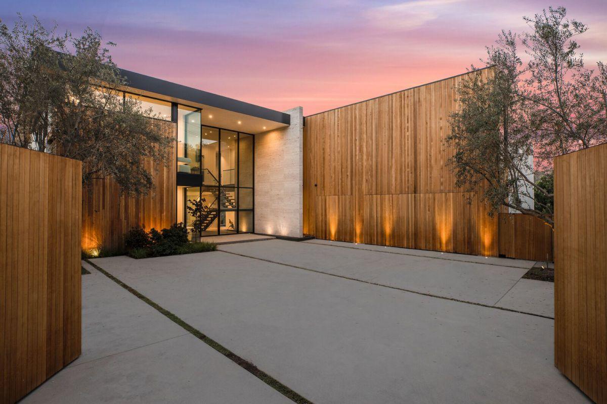 Sandall Infinity House in Los Angeles designed by Jae Omar Design