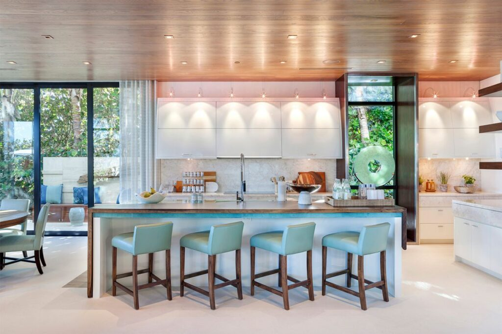 Stunning Palm Beach House in Florida built by Mark Timothy Inc