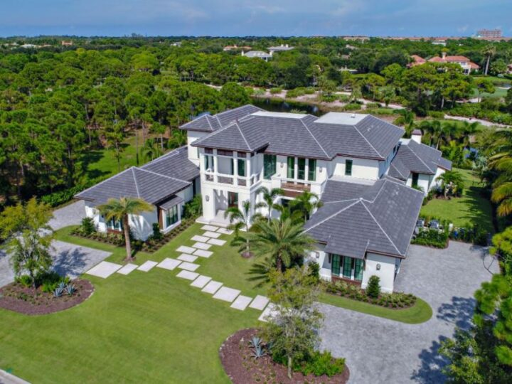 Transitional Home in Tequesta Florida built by Affinity Construction Group