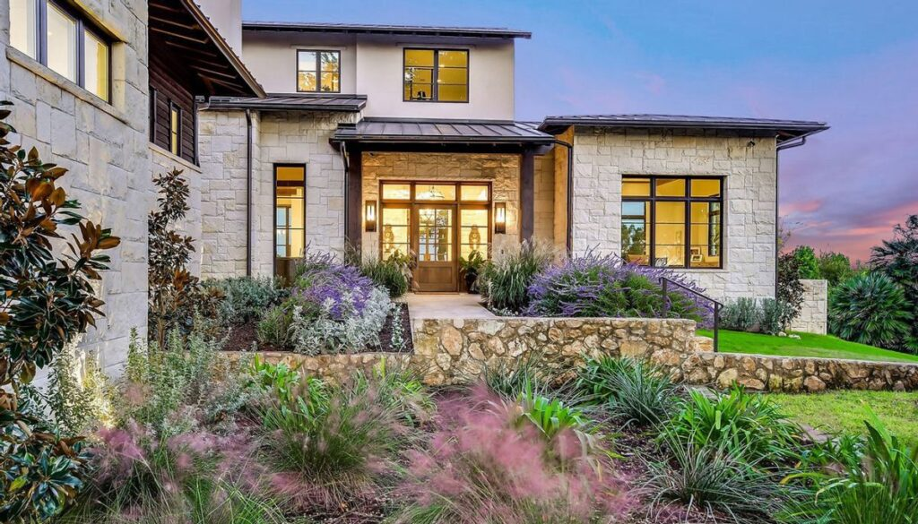 Transitional Texas Residence in Austin by Cornerstone Architects