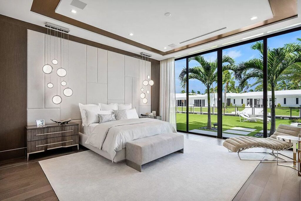 A Newly Clean-lined Designed Boca Raton Home for Sale