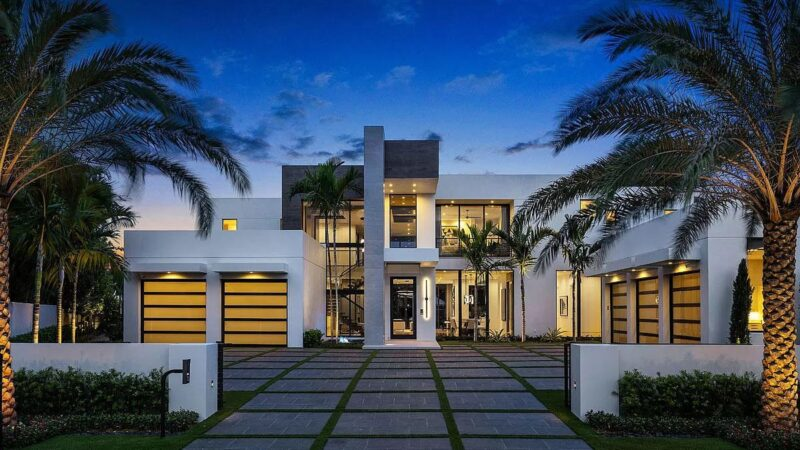 A Newly Clean-lined Designed Boca Raton Home for Sale at $16.5 Million