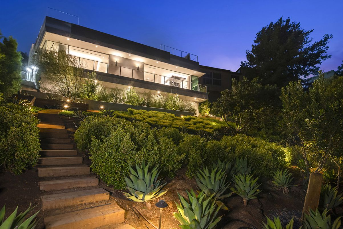 Architectural Masterpiece in Los Angeles Lists for $15 Million