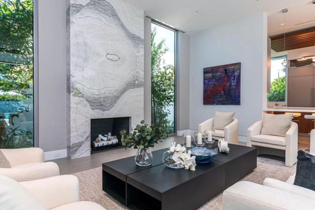 Brand New Distinctive Florida Home in Palm Beach