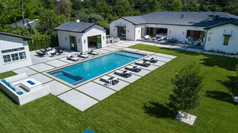 Brand New Modern Farmhome in Encino Listed for $8.995 Million
