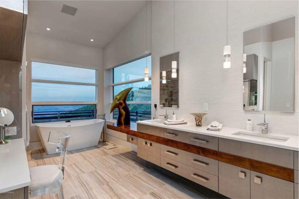 Breathtaking Modern Utah Home for Sale