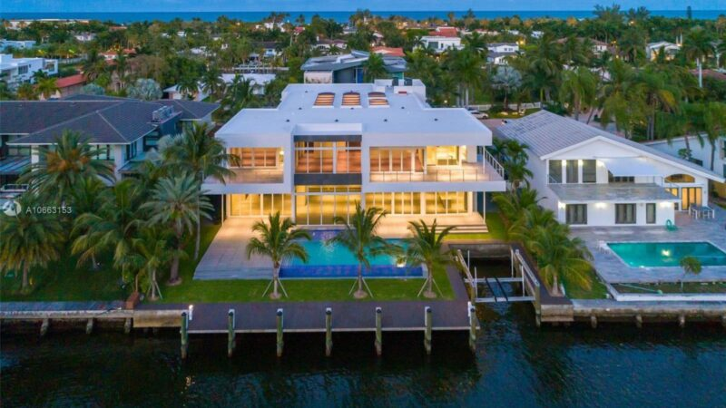 Center Island Contemporary Home in Florida for Sale at $11.995 Million