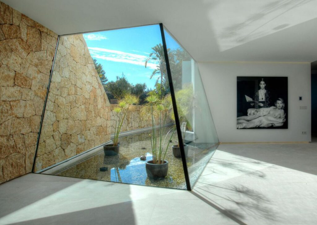 Exclusive Modern Villa in Cala Bassa, Spain by MG & AG Architects