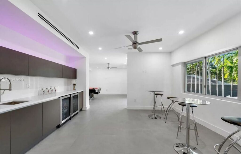 Fairhaven Modern Waterfront Home for Sale in Miami