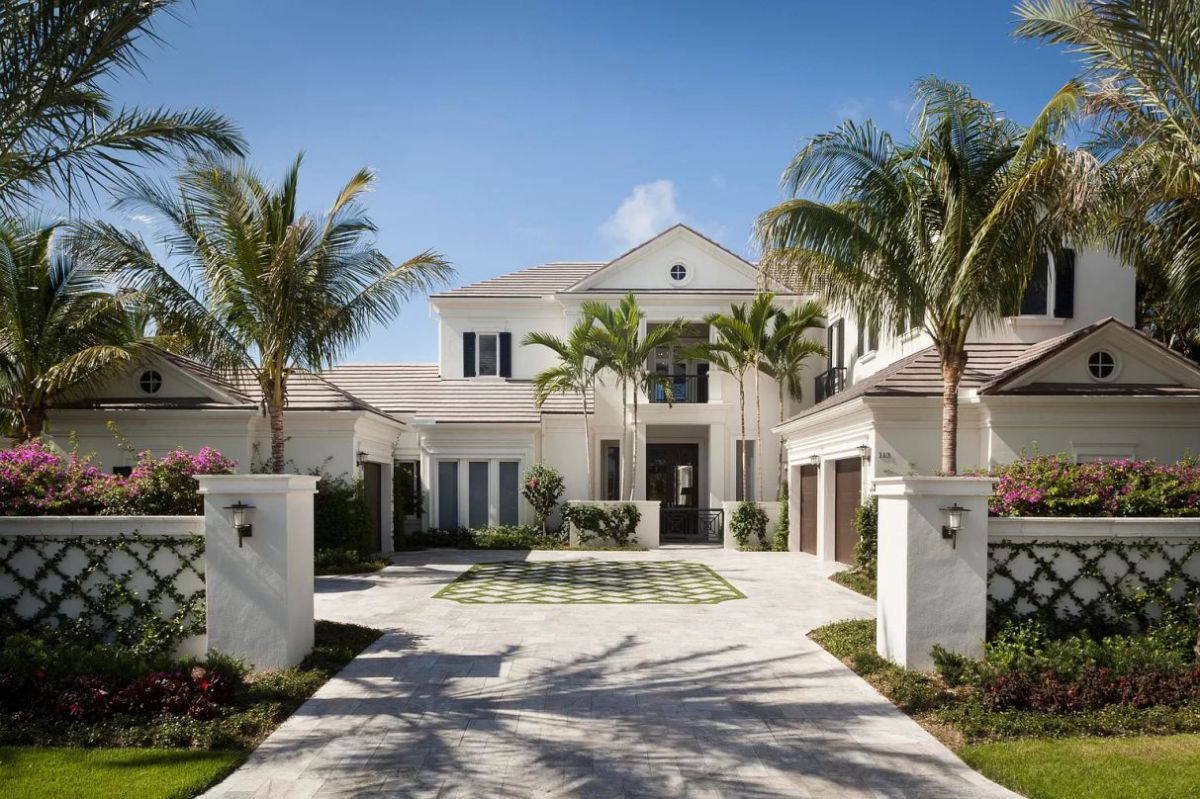 Florida's Breathtaking Jupiter Home for Sale