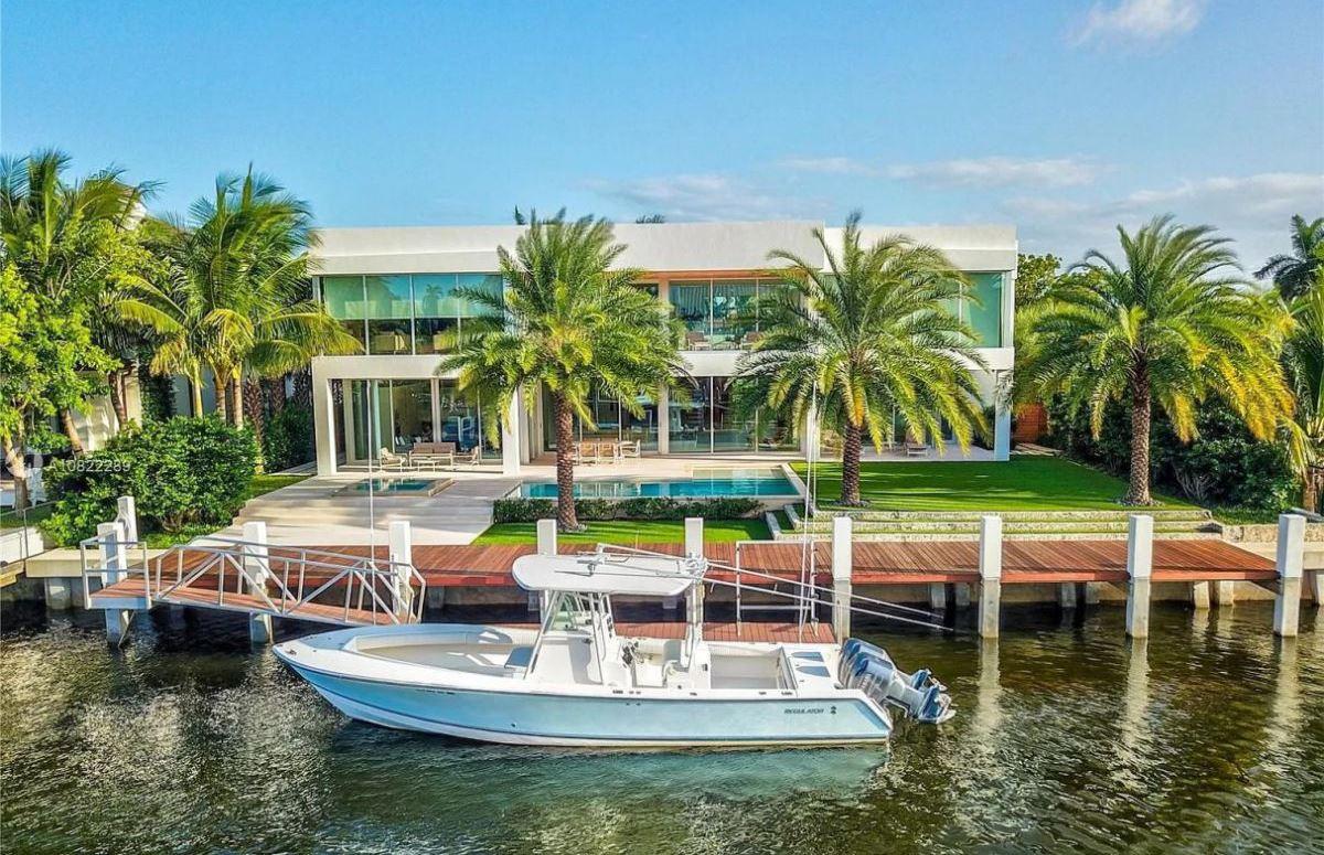 Fort Lauderdale Home in Prestigious Rio Vista for Sale at $6.69 Million
