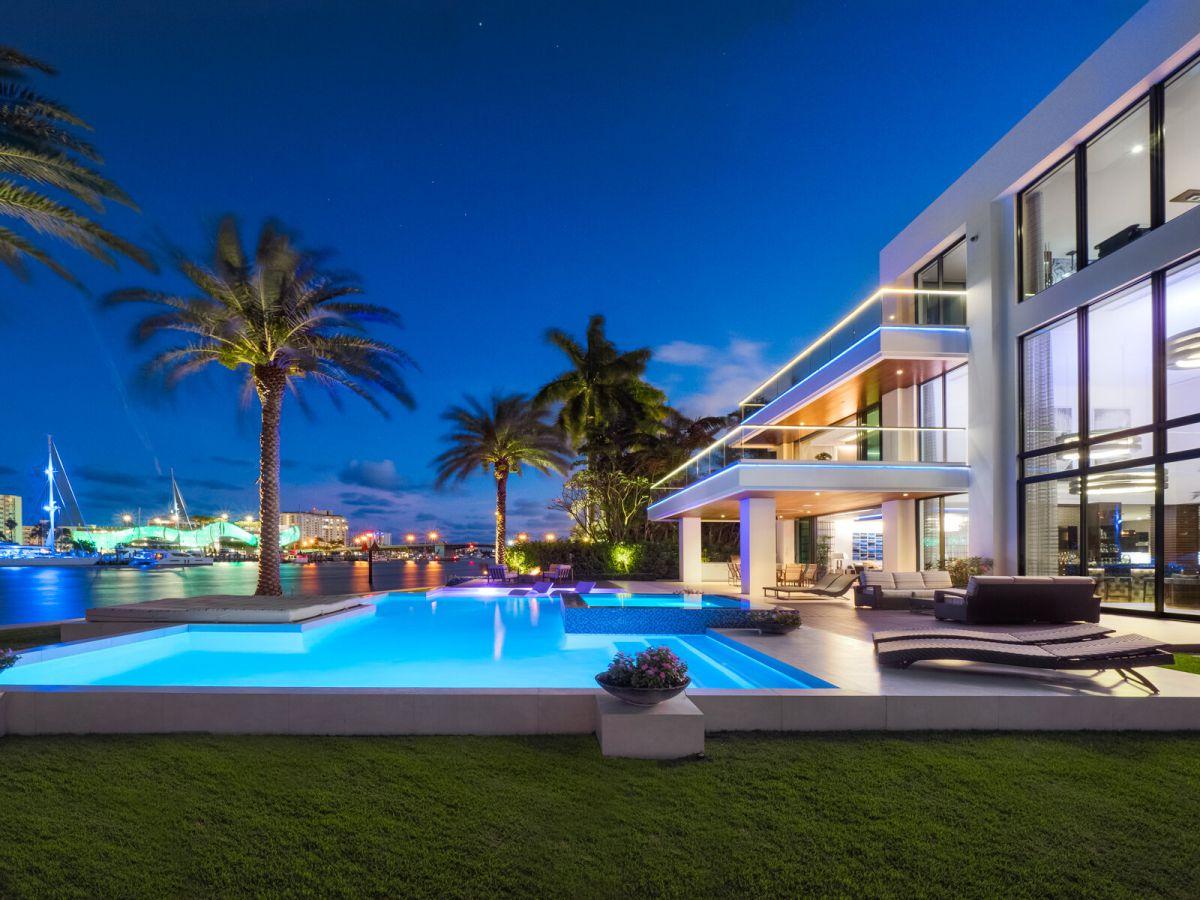 Gorgeous Florida Modern Home on Castilla Isle Asks for $23.25 Million