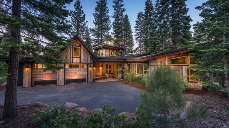 Green House in Martis Camp by Ryan Group Architects
