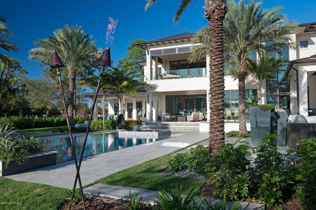 House for sale in Rockledge with Superior Construction